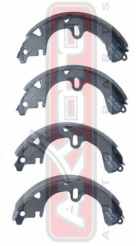Колодки тормозные барабанные задние. AKYOTO (AKS-2001)